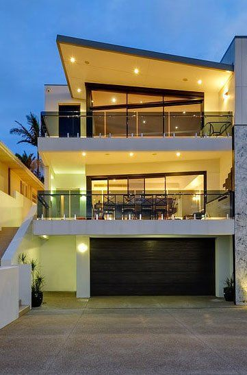 Love the roof line, balconies, concrete and glass!! Modern Architecture