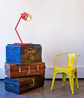 Trunks up cycled as a stand.{Store Feature, Festive Giveaway} The Purple Turtles, Bangalore | The Keybunch Decor Blog