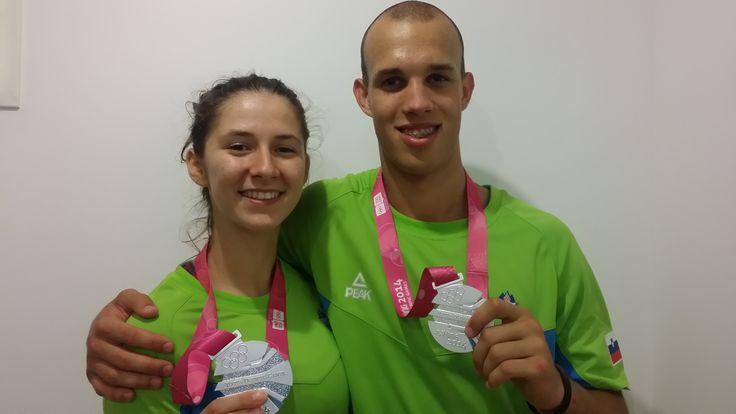Žiga Lah je na mladinskih olimpijskih igrah v Nandžingu osvojil 2. mesto v zabijanju, Ela Mičunović pa 2. mesto v metanju trojk.