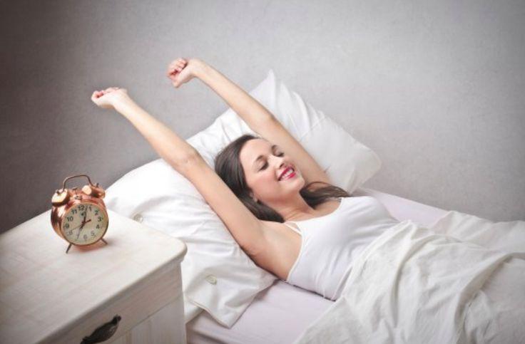 15 astuces pour se lever plus facilement le matin noté 4.2 - 5 votes Se lever tôt n'est pas facile pour tout le monde. Parfois, même en ayant très bien dormi, il est difficile de s'extirper de son lit. Pour vous aider à devenir plus matinal, découvrez ces 15 astuces ! 1/ Faire le plein...