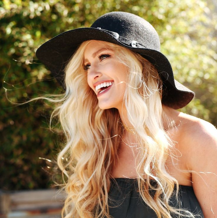 Speckled Floppy Wool Hat in Black