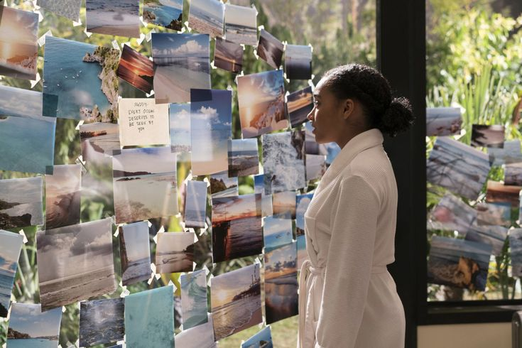 First trailer for the romantic drama EVERYTHING, EVERYTHING based on the novel by Nicola Yoon.
