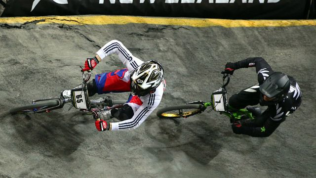 Liam Phillips leads Mark Willers in final of Elite World BMX 2013