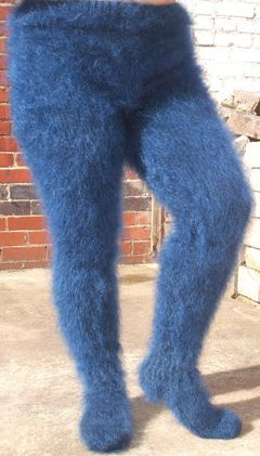 "Cause nothing says ""sexy"" like a pair of Cookie Monster Leggings.  I hope this isn't where fashion is heading"