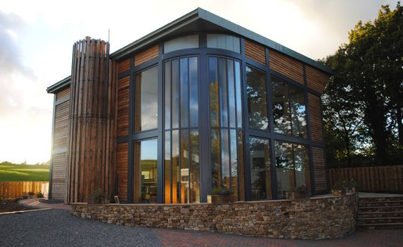 As Seen On Grand Designs Adaptahaus Prefabricated Steel Frames Create The Outside Movable