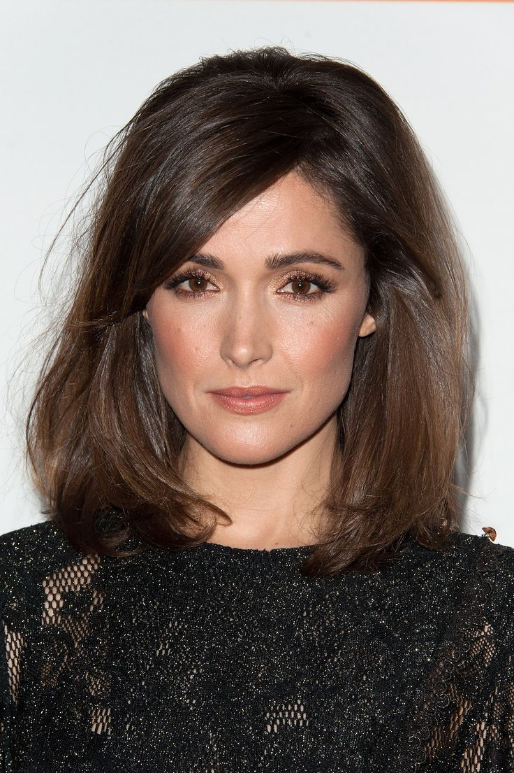 Rose Makeup Brushes: Rose Byrne's Simple (But Smoldering) Makeup Look Is Party