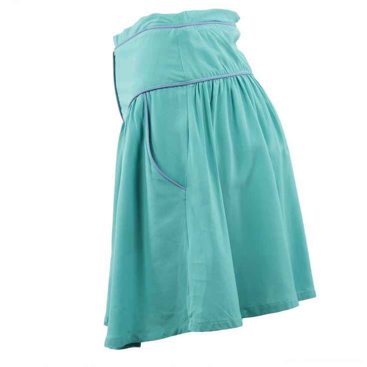 les 25 meilleures id es de la cat gorie jupes vertes sur pinterest jupe verte tenues mode. Black Bedroom Furniture Sets. Home Design Ideas