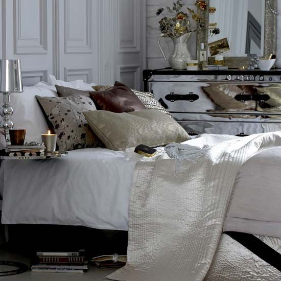 This bedroom is all about elegance and luxury!