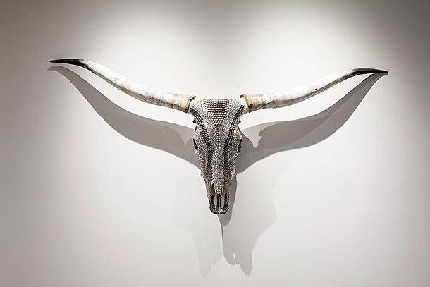 The Soraa lamps' perfect beam and delivery is evidenced in the photo of Haute Hippie's iconic jewel encrusted longhorn cattle skull, with its crisp shadows and exquisite detail.