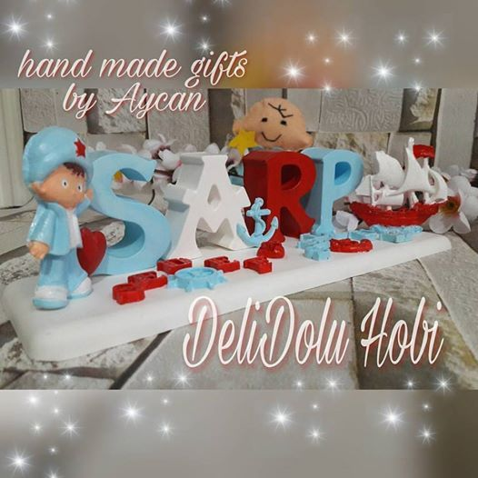 Yakışıklı Sarp ın Denizci temalı isimligi de hazırlandı 😊 Güzel günlerde kullanın ❤😍💙 #kokulutas #kokulutasisimlik #kokulutashediyelik #kokulutassusleme #isimlik #sarp #denizci #sailor #gift #hediye #decor #kids #babyroom #mybabysroom #erkek #bebek #cocukodasi #cocuk #bebekodasisusleme #dekor #dekorasyon #home #love #blue #red #love #delidoluhobi #izmit #ozeltasarim #ozelsiparis #siparis #eldenteslim #cokguzel #yakisikli #gemi #korfez #yarimca #derince #kocaeli #siparisalinir