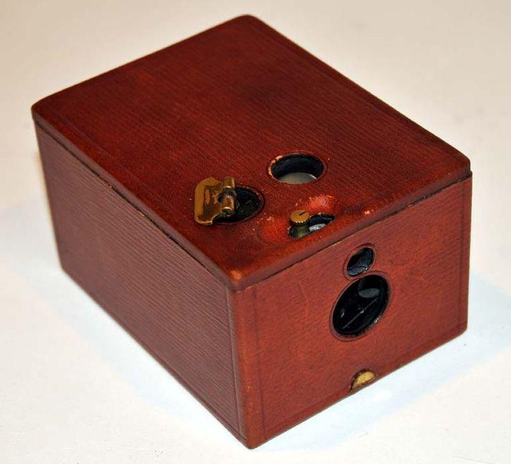 Vintage Kodak SIX-20 Brownie C - Box 620 Roll Film Camera ...  |Old Camera Film Roll Boxes