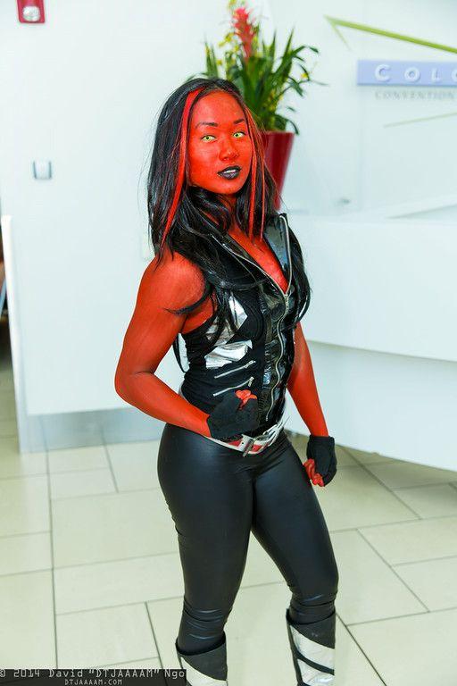 Red she hulk cosplay