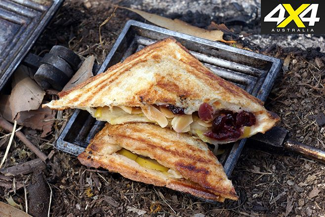 Quick n easy camping recipe: apple jaffle