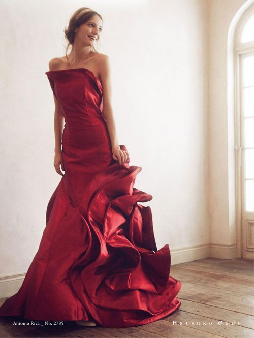 〔ウェディングドレス・カラードレス・引き振袖〕ハツコエンドウのウェディングスタイルまとめ*にて紹介している画像