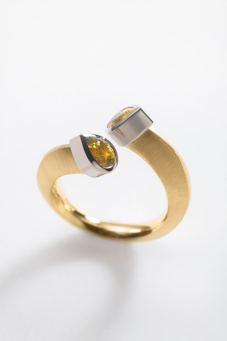 18ct yellow gold split engagement ring with 2 x pear cut yellow sapphires. Engagement rings Cork city.