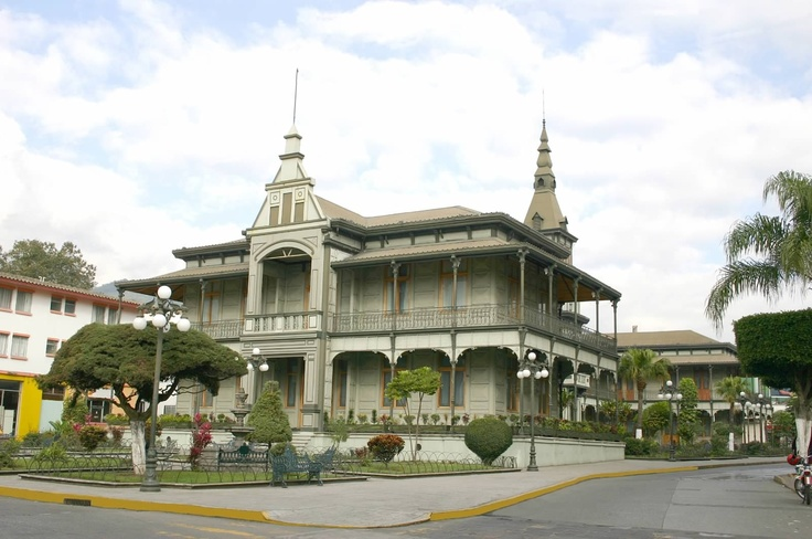 Iron palace @ Orizaba, Veracruz, Mexico Originaly built for an Industrial expo in Belgium in 1889 was later purchased by the goverment and donated to the city