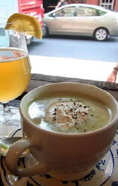 Рецепт дня. Пивной суп. О пиве, как о напитке знают все. Но о том, что из пива можно приготовить суп, слышали далеко не многие, в том числе и я. Наткнувшись случайно на рецепт супа из пива, ре...