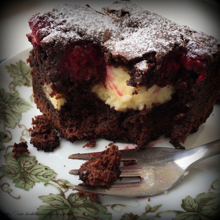 Ich habe schon einige Brownies ausprobiert, aber so gut, wie diese hier, haben keine geschmeckt. Vor allen die Kombination aus sehr scho...