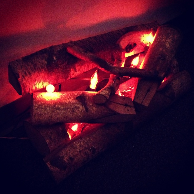 fireplace firewood flicker flame christmas - 736×736