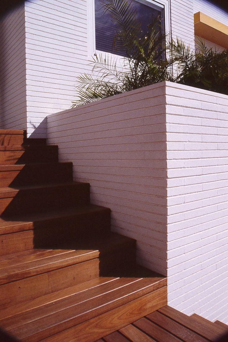 25 beste idee n over buiten trap op pinterest trappen weegschaal en architecturale - Ontwerp betonnen trap ...