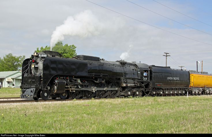 UP 844 Union Pacific Steam 4-8-4 at Ennis, Texas by Mike Bates