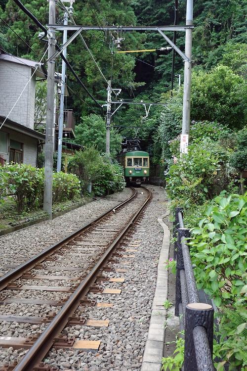 [Country] Train called Enoden  鎌倉 御霊神社近くの江ノ電 between Kamakura and Enoshima.