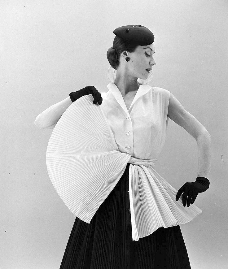 Hubert de Givenchy (1952)