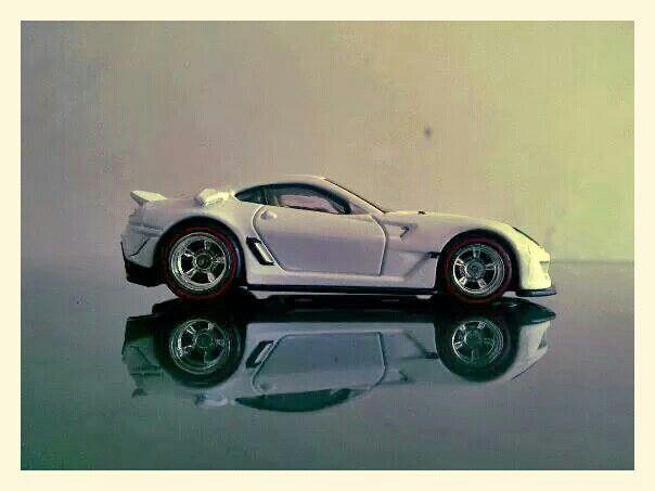 Hotwheels - Ferrari 599XX (Customized) 1
