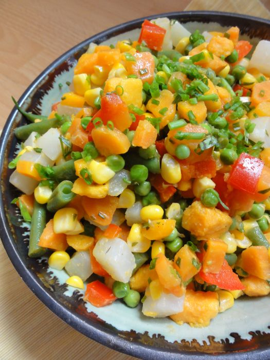 Salade Estivale/Summertime Salad (dairy/egg/nut-free)