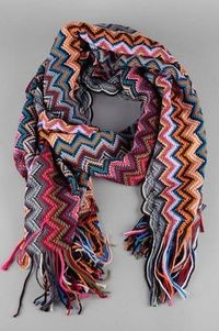 Scarf zig-zag crochet.     Good site. Lots of patterns