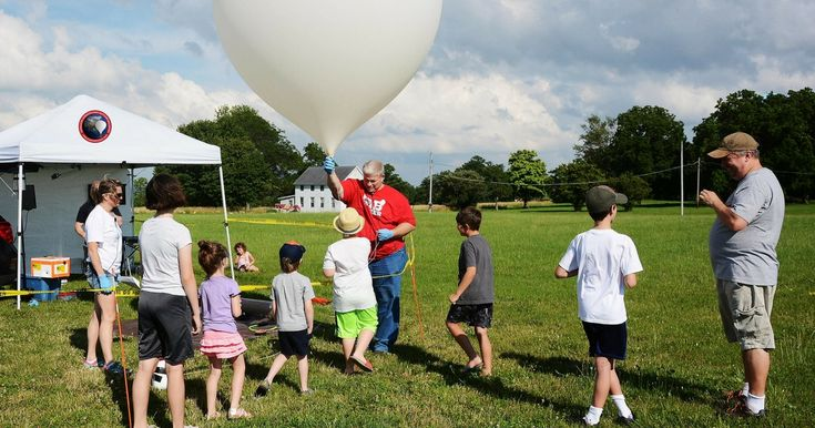 Students can design their own experiments to fly onboard our weather balloon flights! Send us your experiment, we'll launch it, recover it & send it back.