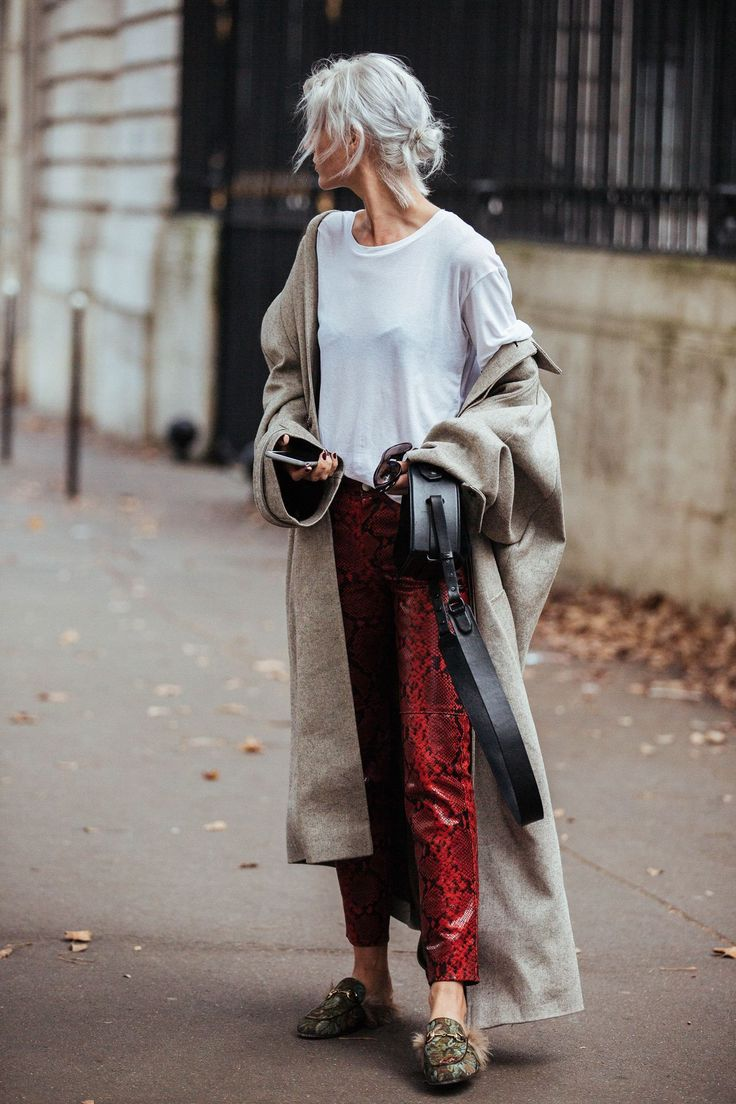 A winter coat (worn shrugged off the shoulders) with a summer T-shirt wins.