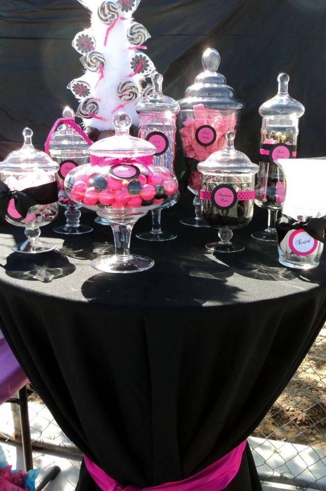 Pink & Black Candy Buffet :): Candybuffet, Bachelorette Parties, Black Wedding, Candies Buffets, Hot Pink, Parties Ideas, Candies Bar, Candies Tables, Pink Parties