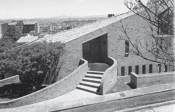 Clásicos de Arquitectura: Casa Calderon / Fernando Martínez Sanabria