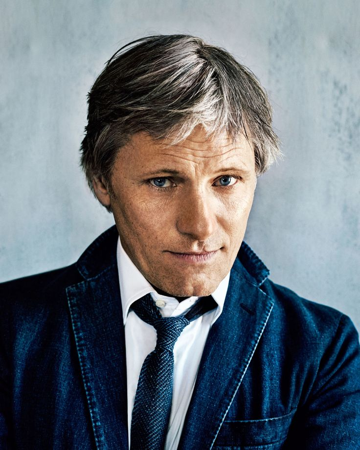 "He is so cool.  ""Why Viggo Mortensen Is Off the Grid"""