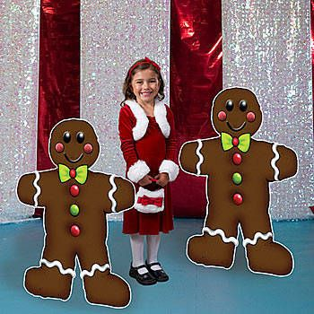 Our exclusive Gingerbread Standees will sweeten up your Christmas or candy themed party. Each gingerbread man standee measures 3 feet 8 inches highs x 2 feet 9 inches wide.