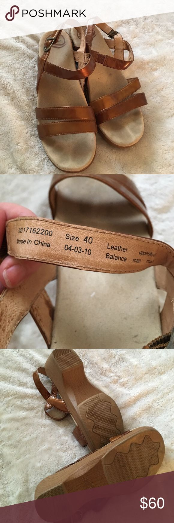 FLASH SALE! Half hour!  Dansko sandals - size 40 Amazing sandals! Padded footbed, leather upper, the super comfort from dansko. You can wear them all day long. They are awesome! Dansko Shoes Sandals