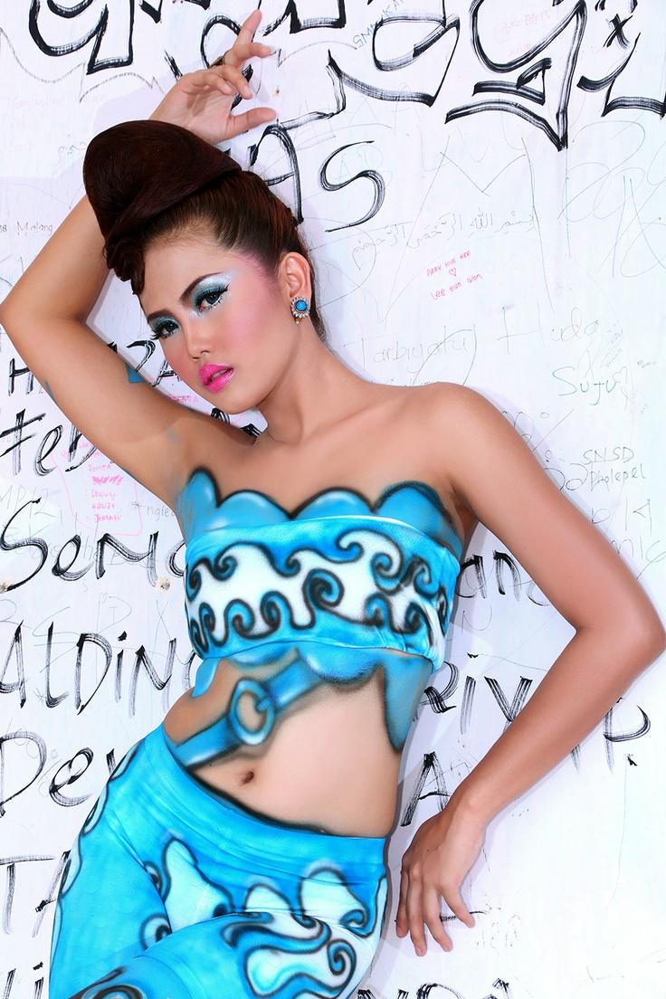 http://indonesiatopmodel.wordpress.com/2013/02/13/drucella-benala-dyahati/