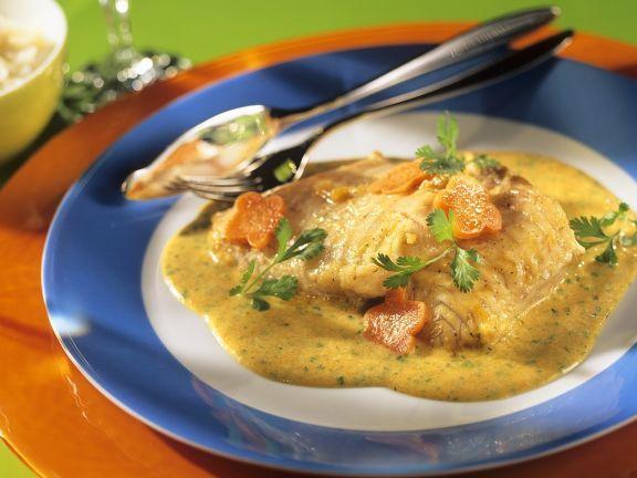 Wels mit Ingwercremesauce ist ein Rezept mit frischen Zutaten aus der Kategorie Meerwasserfisch. Probieren Sie dieses und weitere Rezepte von EAT SMARTER!