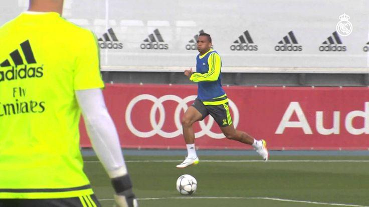 Sergio Ramos Sprint and shoot!