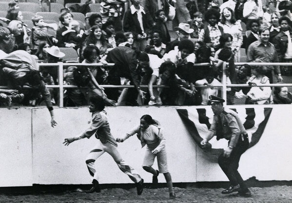 Michael Jackson being chased by fans at the 1974 Houston Rodeo