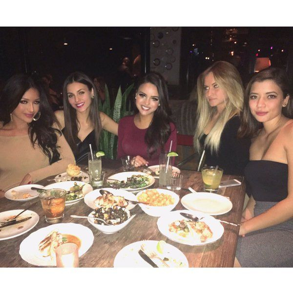 Lisa Ramos , ... ... ... .. ... ... .. @LisaaRamos 6 hours ago  ... ... ...  I had a great birthday dinner with these lovely ladies ✨  https://instagram.com/p/BBLdOIjizVZ