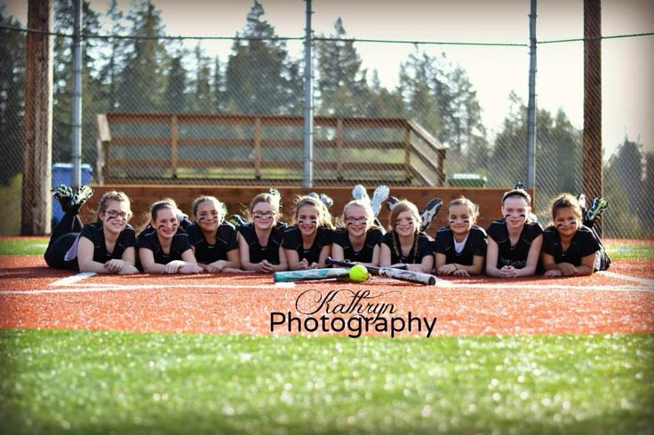 Softball team pictures!