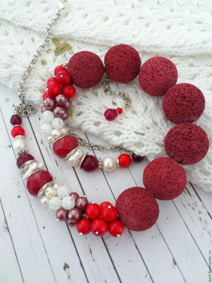 """Купить """"Зимняя вишня"""" бусы из натуральных камней. Лава Коралл Жемчуг. Колье"""