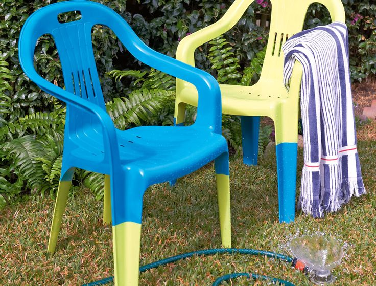 How To Spray Paint Plastic Chairs. 473 best Outdoor Projects images on Pinterest