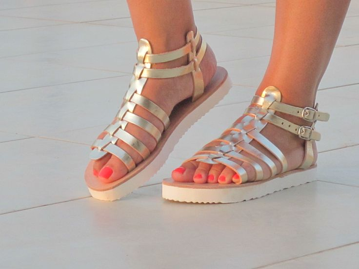handmade leather sandals  http://shop.sandaligsp.gr/pegasus/products01/show00.php?code=3000292&pcode=SHOW_PROD3000292