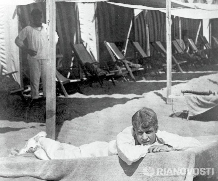 Sergei Yesenin on a beach in Italy, 1922.
