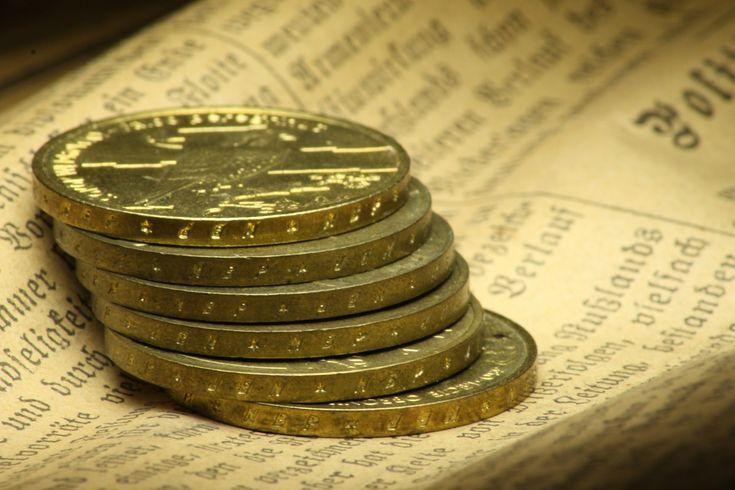 Gold V Shares... Which Is The Wiser Option For Investors? - http://www.scottishbullion.co.uk/gold-v-shares-which-is-the-wiser-option-for-investors/