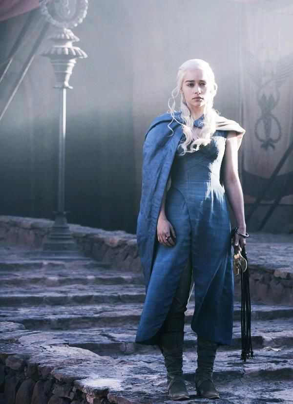 #DaenarysTargaryen #Khaleesi #MotherofDragons | Costume ...