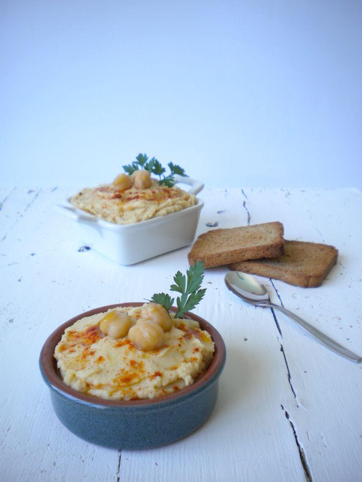 Hummus (mi receta básica) http://lacocinamagicademanu.blogspot.com.es/2016/06/hummus-mi-receta-basica.html